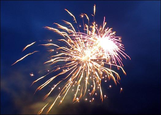 704_fireworks.jpg