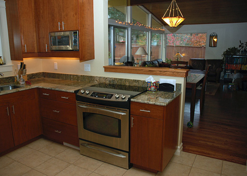 kitchenintofront_07.jpg