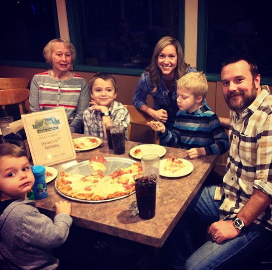 family pizza party